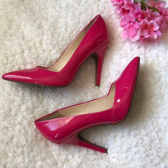 2d0a3dd7262 Guess pink patent leather pumps